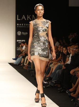 Fashion Week By Designer Anand Kabra Party Wear (1)