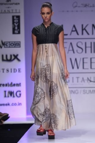 Fashion Week By Designer Anand Kabra Party Wear (3)