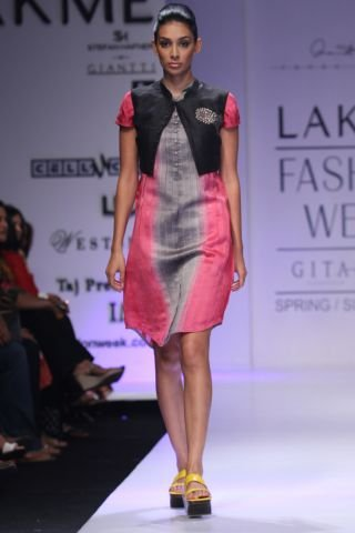 Fashion Week By Designer Anand Kabra Party Wear