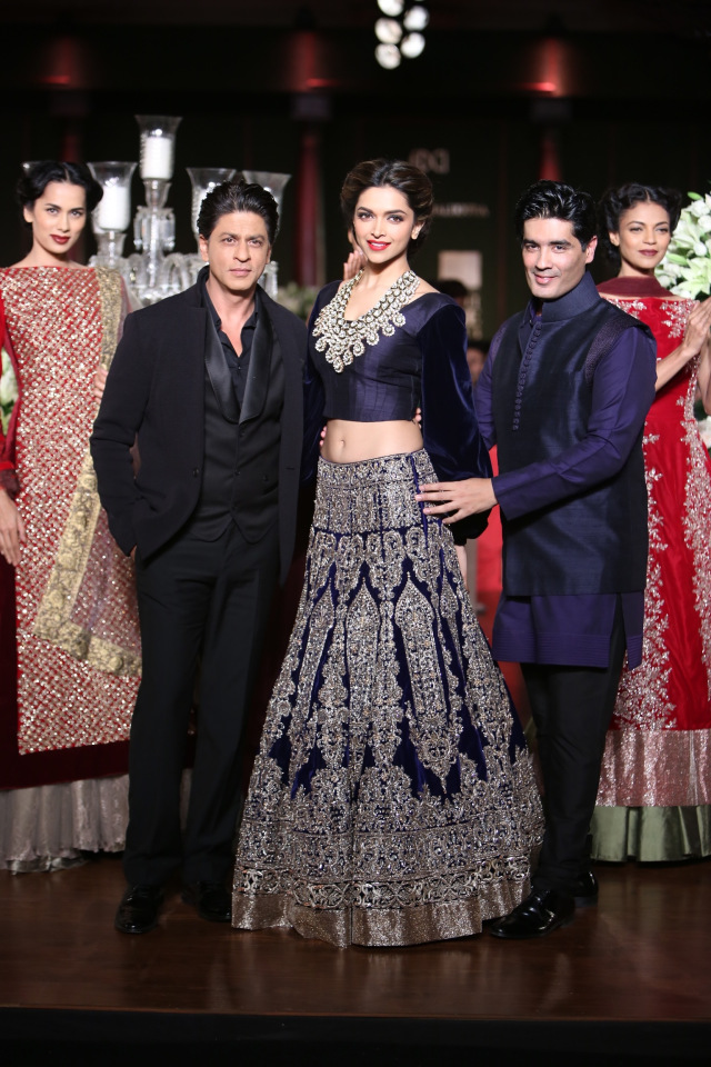 Manish Malhotra collection at the PCJ Delhi Couture week 2013 1