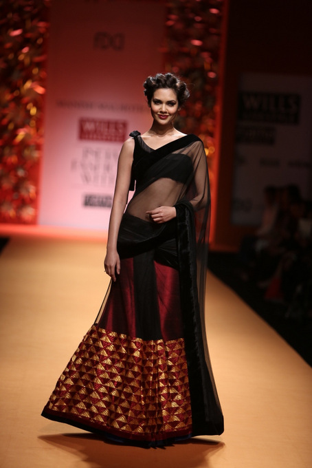 black saree at Manish Malhotra Wills India Fashion Week 2013