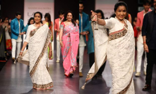 lata mangeshkar at Lakme Fashion Week 2013