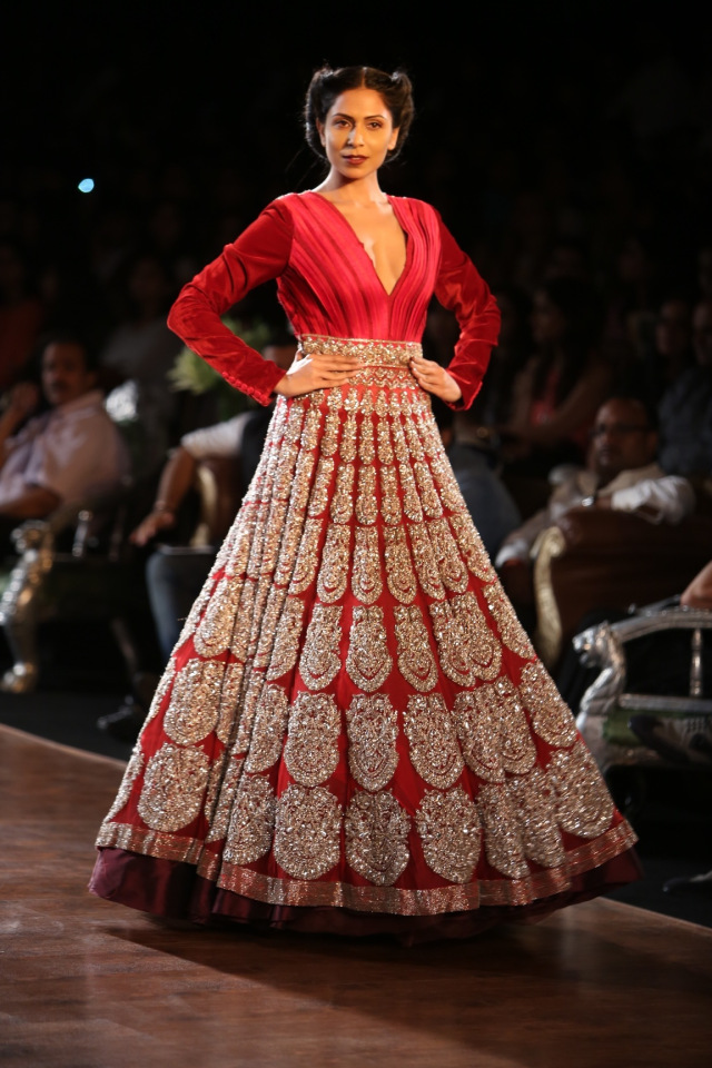 Manish Malhotra collection at the PCJ Delhi Couture week 2013 3
