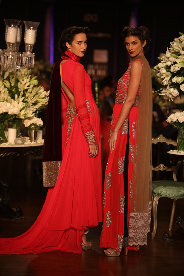 Manish Malhotra collection at the PCJ Delhi Couture week 2013 8